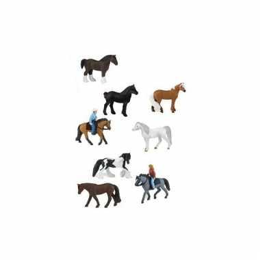 12 stuks paarden met ruiters