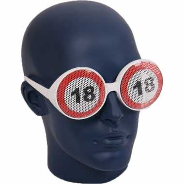 18 jaar verkeersborden bril