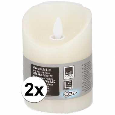 2x creme led kaarsen/stompkaarsen 10 cm