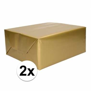 2x rol cadeaupapier goud 70 x 200 cm