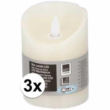 3x creme led kaarsen/stompkaarsen 10 cm