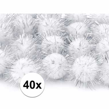 40x pluche pompoms witte 20 mm