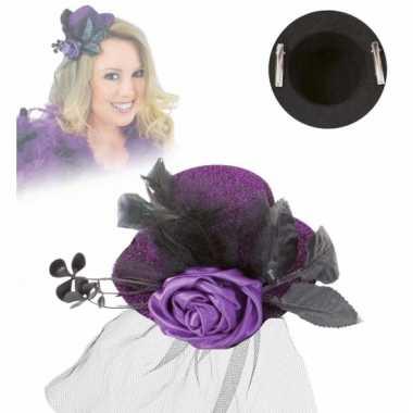 Deftig mini hoedje paars met roos en sluier
