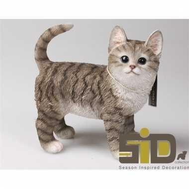 Dierenbeeld kat/poes tabby grijs staand 20 cm