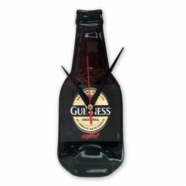 Handgemaakte guinness bier klok