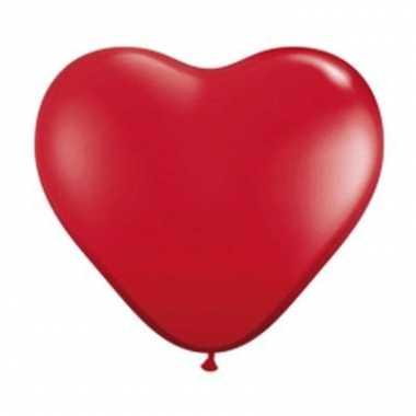 Hartjes ballon van 28 cm rood