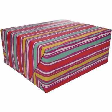 Inpakpapier met roze strepen design 200 x 70 cm op rol type 4