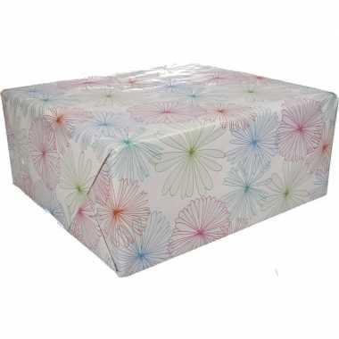Inpakpapier wit met bloemen print 200 x 70 cm op rol type 1