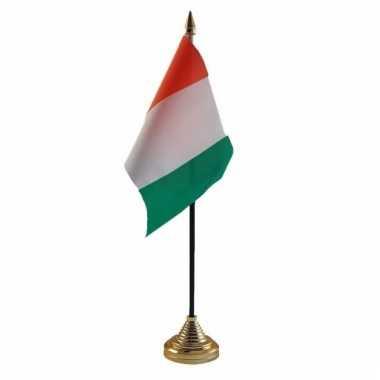 Ivoorkust tafelvlaggetje 10 x 15 cm met standaard