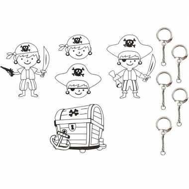 Knutselpakket krimpfolie piraat 4 vellen met sleutelhangers