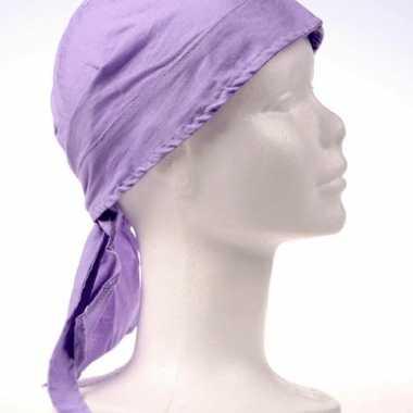 Licht paars gekleurde bandana