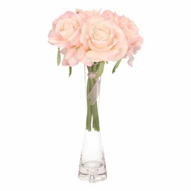 Luxe boeket roze rozen in smalle vaas 20 cm