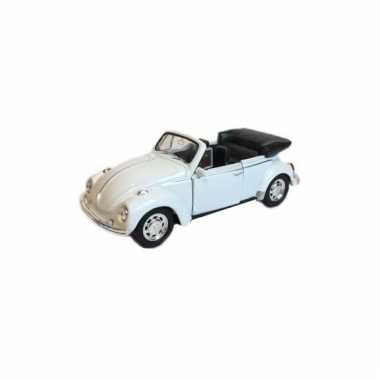 Metalen witte volkswagen beetle convertible auto schaal 1:39