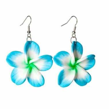 Oorbellem met hawaii bloem blauw