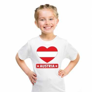 Oostenrijkse vlag in hartje shirt wit kind