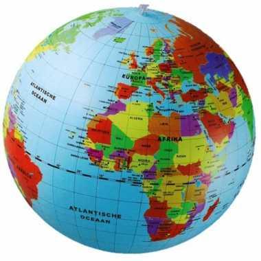 Opblaas wereldbol 50 cm