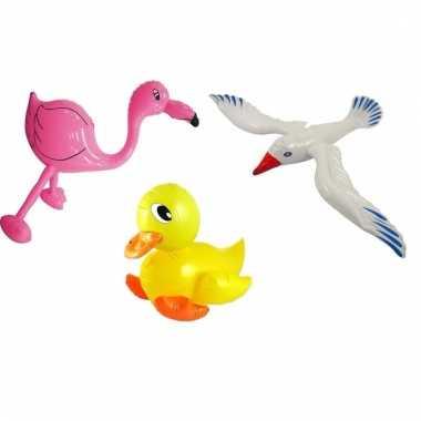 Opblaasbare eend meeuw en flamingo