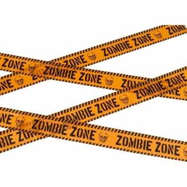Oranje afzetlint met de tekst zombie zone 6 meter