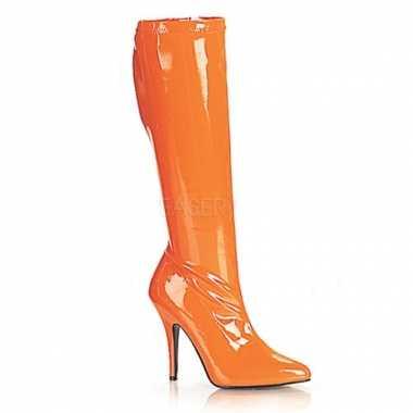 Oranje knielaars met hoge hak