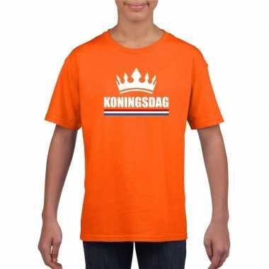Oranje koningsdag met een kroon shirt kinderen
