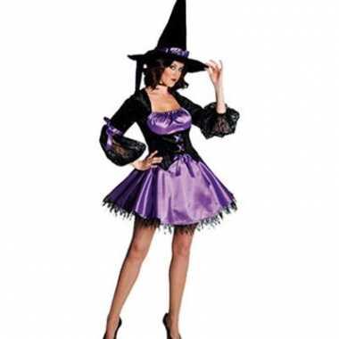 Paarse heksen jurk afgezet met kant
