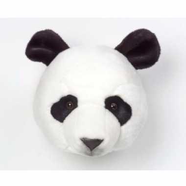 Panda koppen voor aan de muur