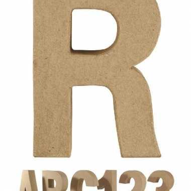 Papier mache letter r om te beschilderen