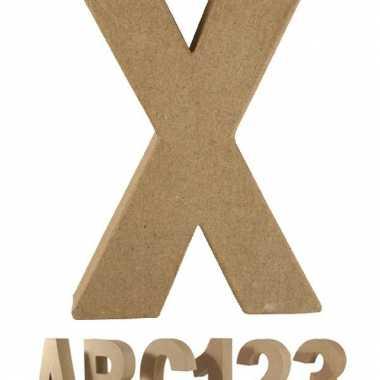 Papier mache letter x om te beschilderen