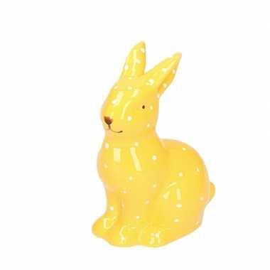 Pasen geel paashaas dierenbeeldje 10 cm