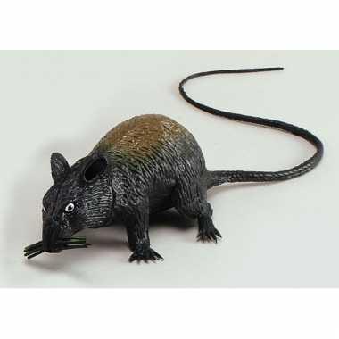 Piepende rat 13 cm