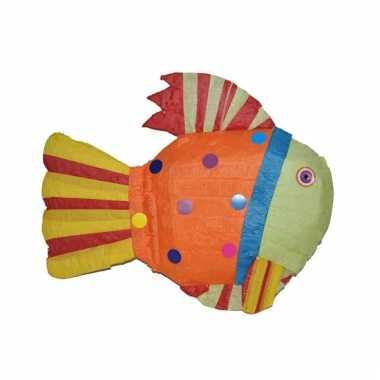 Pinata in de vorm van een gekleurde vis
