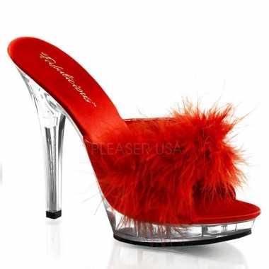 Rode stilettos met doorzichte hak