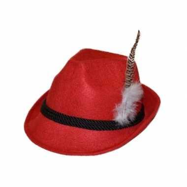 Rood apres ski hoedje met veer
