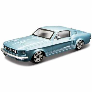 Speelgoed auto ford mustang gt 1964 1:43