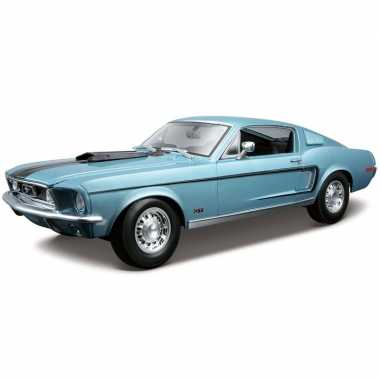 Speelgoed auto ford mustang gt 1968 blauw 1:18