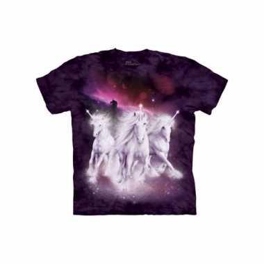 The mountain fantasie t-shirt met eenhoorns paars