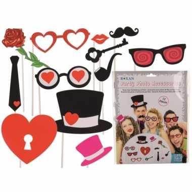 Valentijn accessoires op stokje 12 stuks