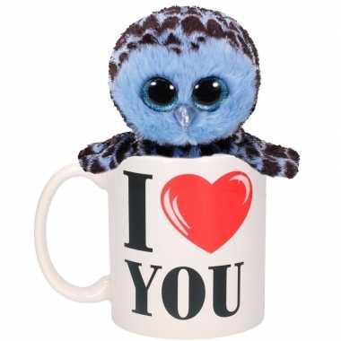 Valentijnsdag ontbijt op bed mok met blauw knuffel uiltje
