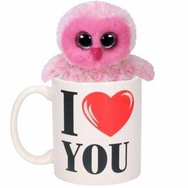 Valentijnsdag ontbijt op bed mok met knuffel uiltje roze