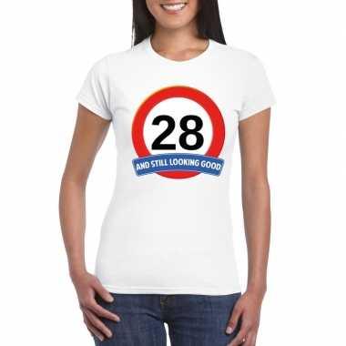 Verkeersbord 28 jaar t-shirt wit dames
