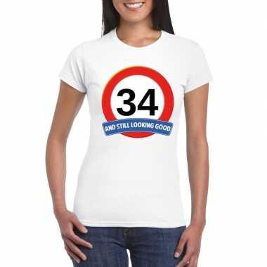Verkeersbord 34 jaar t-shirt wit dames