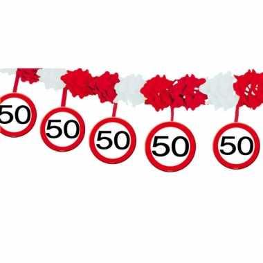 Verkeersbord 50 jaar slinger