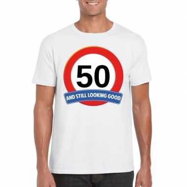 Verkeersbord 50 jaar t-shirt wit volwassenen