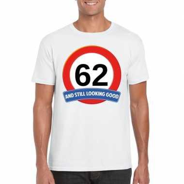 Verkeersbord 62 jaar t-shirt wit heren