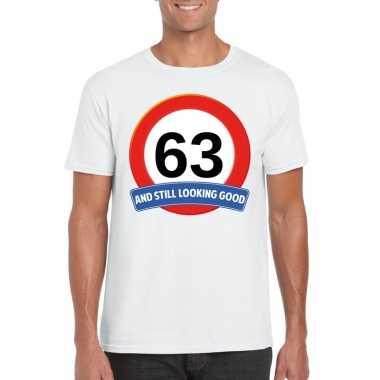 Verkeersbord 63 jaar t-shirt wit heren