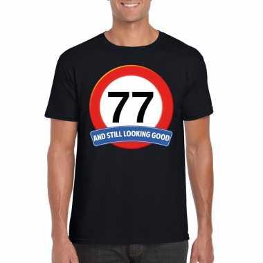 Verkeersbord 77 jaar t-shirt zwart heren