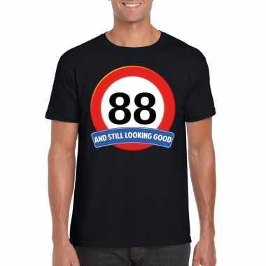 Verkeersbord 88 jaar t-shirt zwart heren