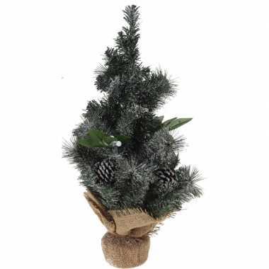 Versierde kunst kerstboom met jute voet 50 cm