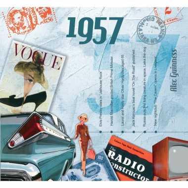 Zestigste verjaardag kaart met hits uit 1957