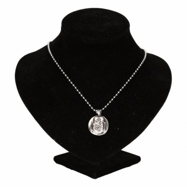 Zilveren ketting met boeddha drukknoop
